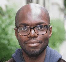Jason- Betreuer von Oskar lernt Englisch