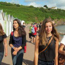 Mädchen bei Ausflug auf Sprachreise Torbay