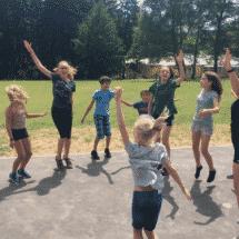 Schloss Boitzenburg TanzCamp Kinder beim Tanzen