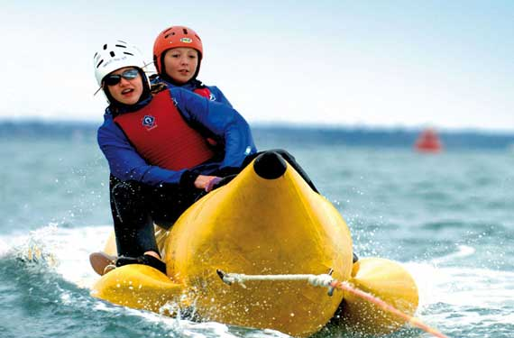 Sprachreise Adventure Camp Little Canada Banana Boat