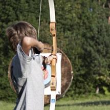Bogenschiessen in den Oskar-lernt-Englisch Camps