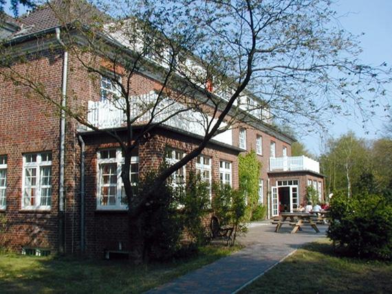 Die Camp-Teilnehmer sind im Charlottenburger Schullandheim, auf Föhr untergebracht