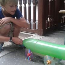 Ballon-CD-Turbo-Experiment im Oskar Forscher- u. EntdeckerCamp